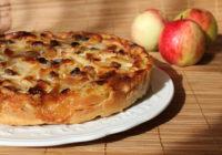 Recepte – kā pagatavot Vecmāmiņas ābolkūku