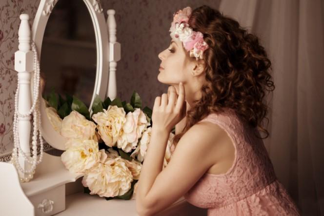 spogulis_skaistule-664x443