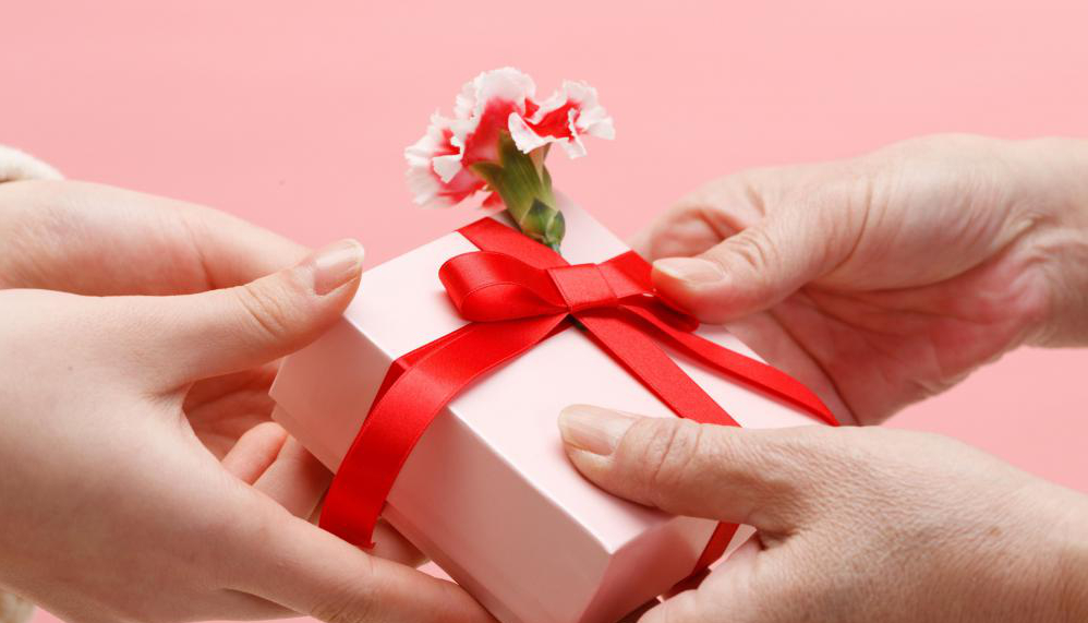 valentines-day-gifts-for-women-2