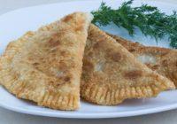 Čebureki – labākā recepte! Kā pašam pagatavot gardus čeburekus