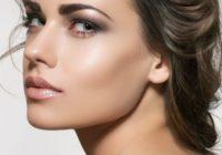 3 veidi, kā samazināt ietiepīgo sejas tauku daudzumu