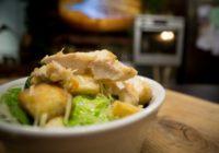 Gardi un vienkārši pagatavojami Cēzara salāti