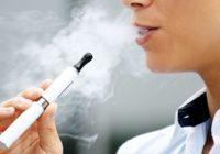 Uzzini, kas notiek ar pusaudžiem, kuri ir mēģinājuši lietot e-cigaretes
