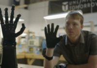 Neticami! 17 gadu vecs zēns izgudro rokas protēzi, ko var darbināt ar smadzenēm