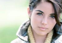 Pētnieki: sievietes evolūcijas gaitā kļūst skaistākas