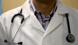 Vēža pazīmes: Visbiežāk ignorētie šīs slimības simptomi sievietēm un vīriešiem