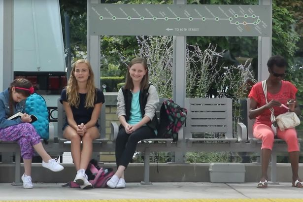 Strangers-have-fantastic-response-when-girl-is-bullied-at-bus-stop