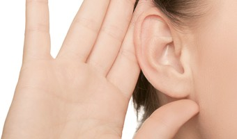 woman_hand_ear