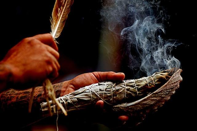 šamanis