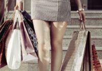 Kā stilīgi un izdevīgi iepirkties vasaras izpārdošanās