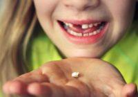 Zobārsti brīdina: nemetiet ārā piena zobus; tie var glābt bērna dzīvību!