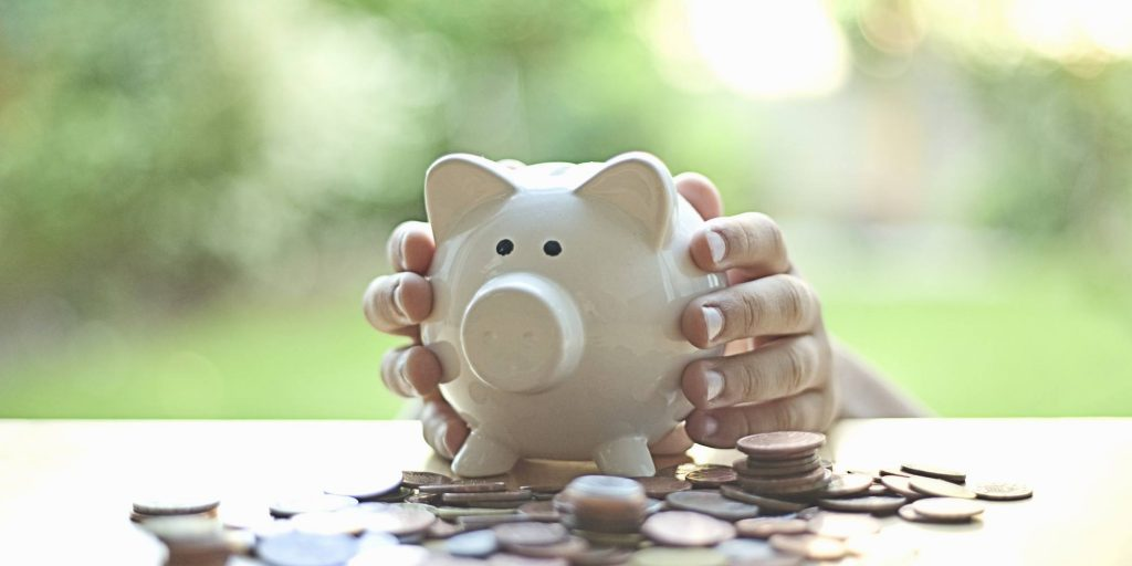 o-saving-money-facebook