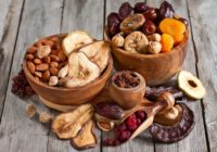 5 veselīgi našķi steidzīgajiem – kā izvēlēties īsto?