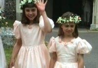 FOTO: iepriekš neredzēti kadri no Kembridžas hercogienes Keitas un viņas māsas Pipas bērnības!