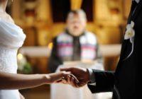 Kāpēc baznīcā līgavai jāstāv altāra kreisajā pusē? Ieskaties un uzzini!
