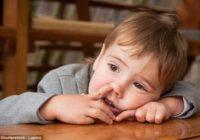 Vai bērnam jāļauj urbināt degunu un ēst puņķus? Lūk, ko atklāj pētījums!