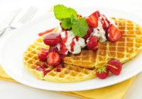 Pufīgas un aromātiskas vafeles brokastīm – pamēģini!