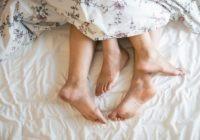 4 iemesli, kāpēc pārim būtu jādala viena gulta