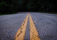 Aicinām informēt par izsvīdumiem, kas karstuma dēļ var veidoties uz asfalta
