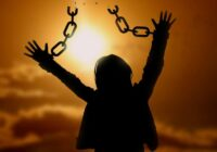 21 pazīme, kas norāda, ka jums ir jāatbrīvojas no pagātnes un jādodas tālāk