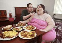 Sieviete, kura sver 345 kilogramus, apprecējās un laulībā ir laimīga