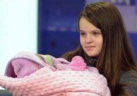 Ukrainiete dzemdēja 12 gadu vecumā; Lūk, kā jaunajai māmiņai klājas tagad